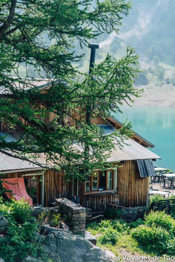 Refuge lac d'allos