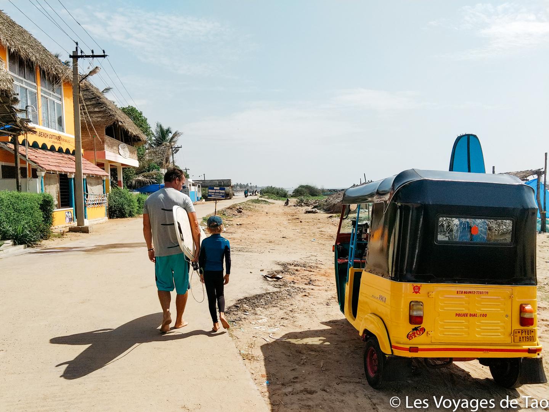 Surf en famille en Inde