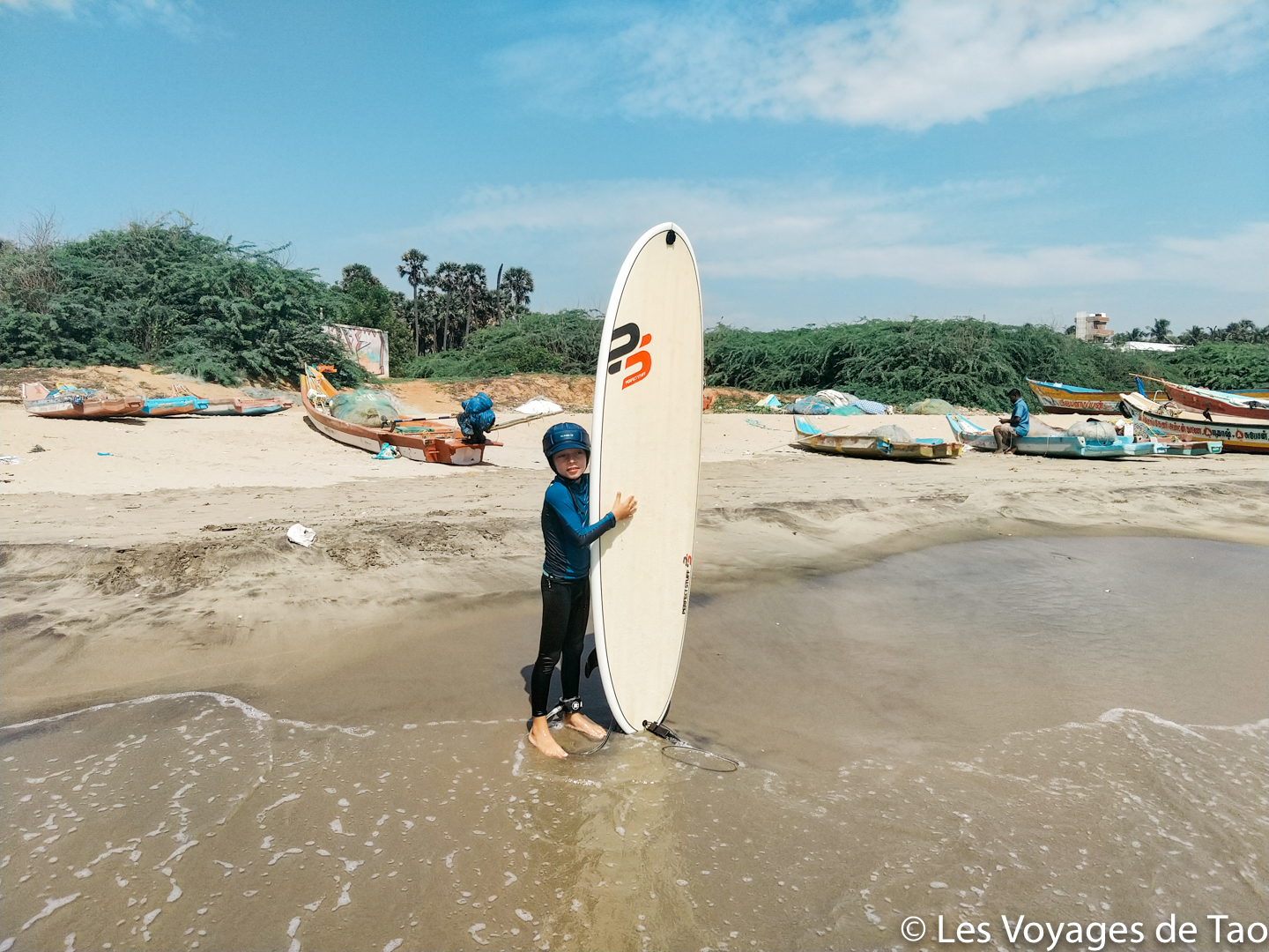 Surfer en Inde Pondichery