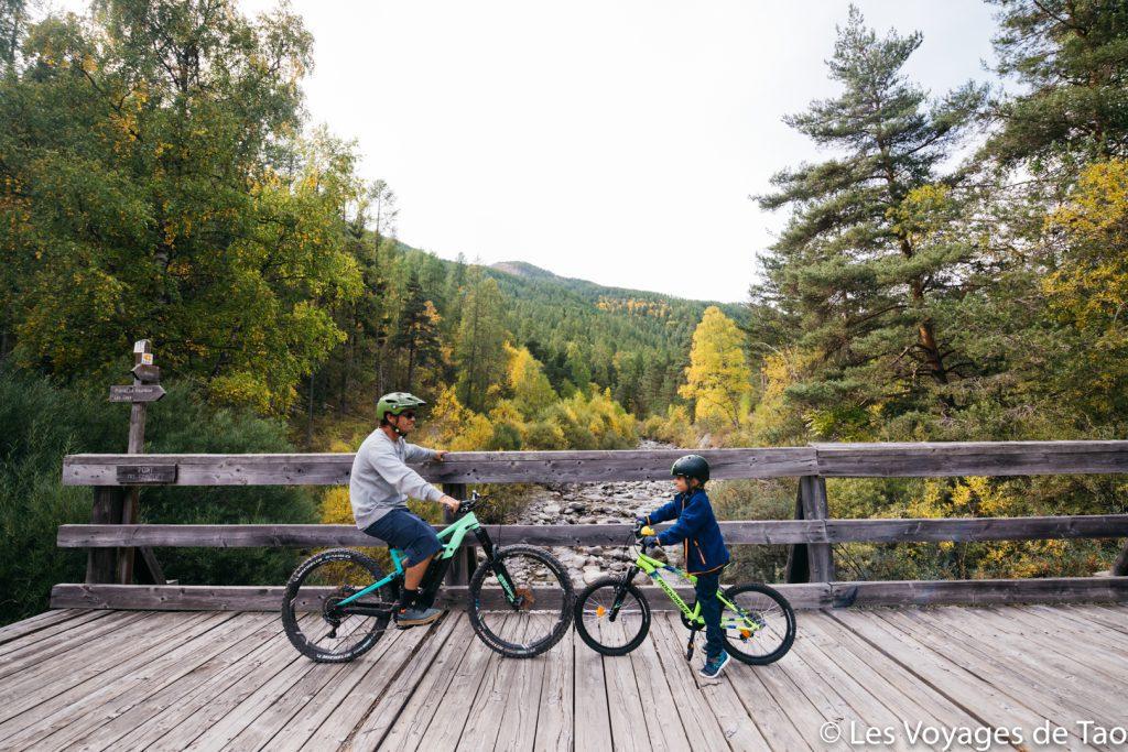 Faire du vélo en famille