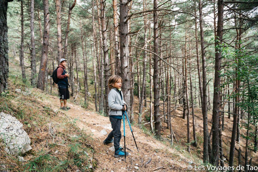 Randonnée à faire en famille alpes de haute provence