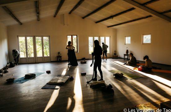 Yoga stage